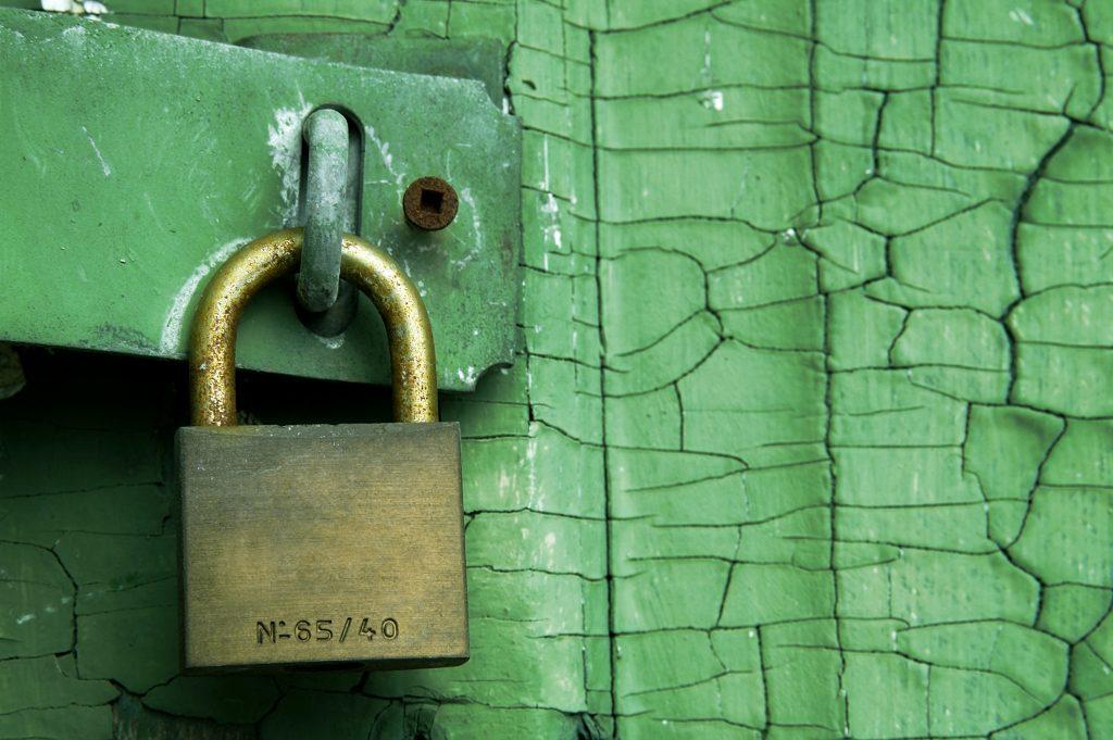 padlock green